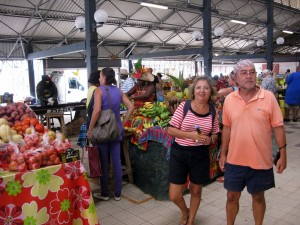 en-fort-de-france-calles-y-mercado-1-1