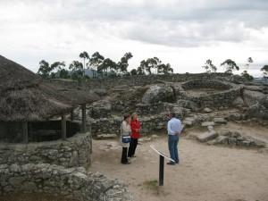 20110831-2043-con-picu-y-angel-en-el-castro-de-santa-tecla