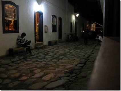 20120709 02'38 09 Paraty por la noche.jpg