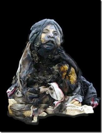 20130519 20'51 28 Momia de llullaillaco