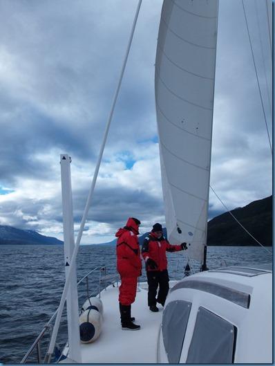 20140405 17'21 Navegación por el Canal Beagle (3)