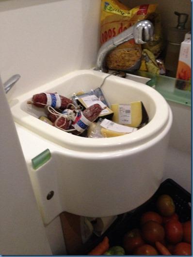 08 baño de proa babor (1)